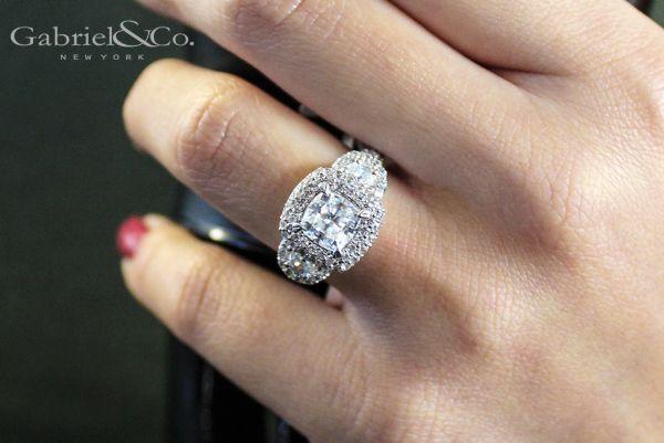 18k White Gold Cushion Cut Halo Engagement Ring