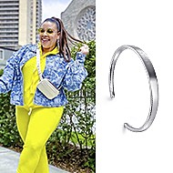 May 2020 Influencer Greivy Reyes-Lou featuring Gabriel & Co.'s 91>19 Bangle