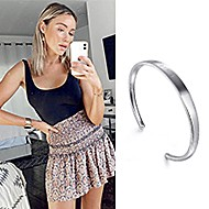 May 2020 Actress Katrina Bowden sharing her 91>19 Bangle