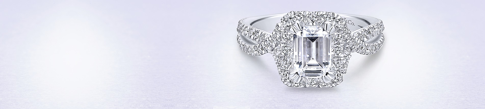 trapeze cut trilogy white platinum baguette kaplan gold ring engagement claw diamond jewellery emerald arthur products rings