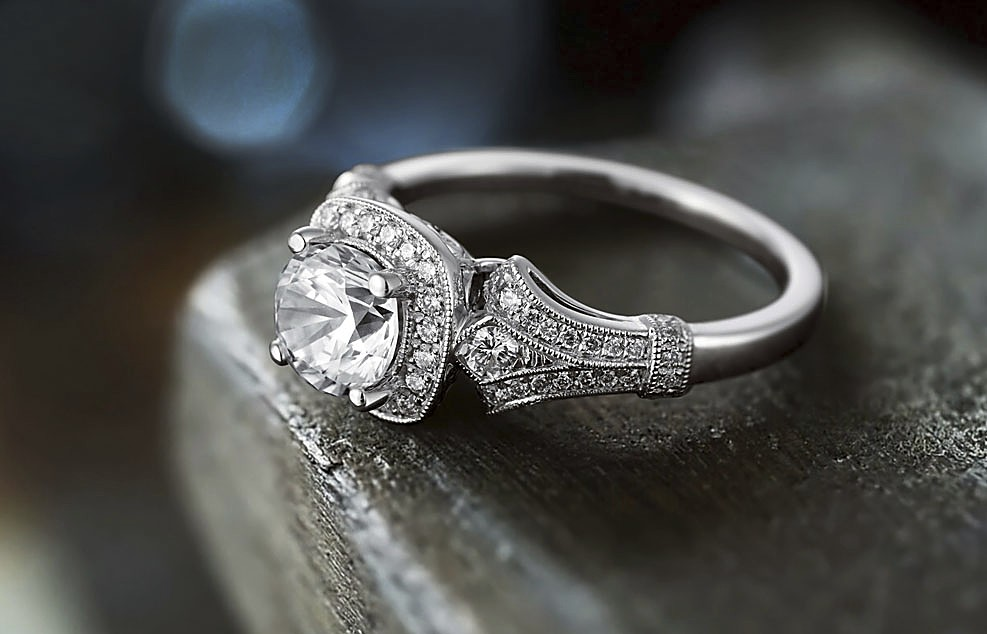 FREE VIEW IN STORE ENGAGEMENT RINGS