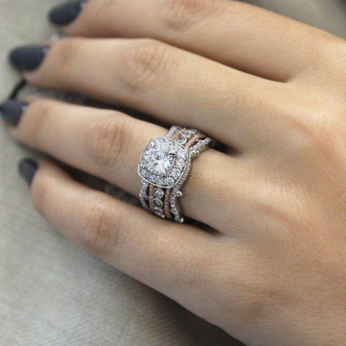 18K White-Rose Gold Round Halo Diamond Engagement Ring angle