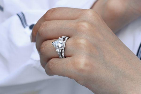 Bryson 18k White Gold Pear Shape 3 Stones Engagement Ring
