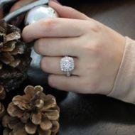 Vanora 18k White Gold Round Halo Engagement Ring angle
