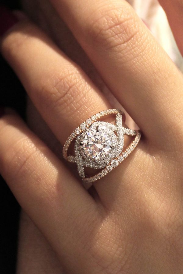 Naples 18k White And Rose Gold Round Split Shank Engagement Ring angle