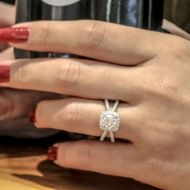 Delphinia 14k White Gold Round Halo Engagement Ring angle