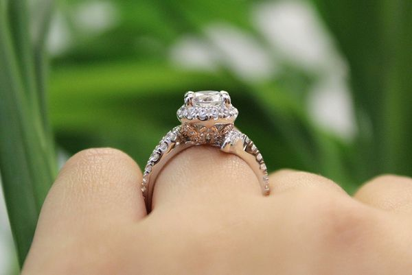 14k White And Rose Gold Round Halo Engagement Ring angle