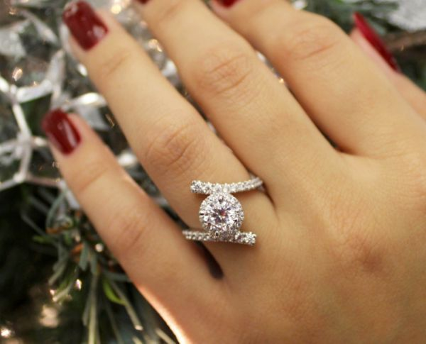 14k White Gold Round Halo Engagement Ring angle