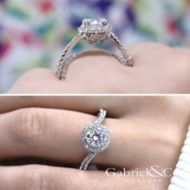 Valencia 14k White Gold Round Halo Engagement Ring angle