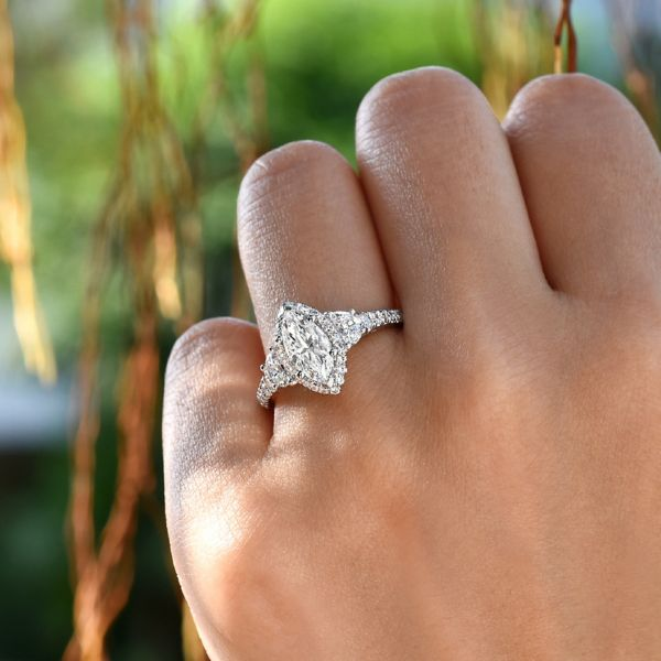 Martina 18k White Gold Marquise  3 Stones Engagement Ring