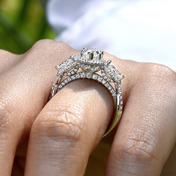 18k White Gold Marquise 3 Stone Halo Diamond Engagement Ring