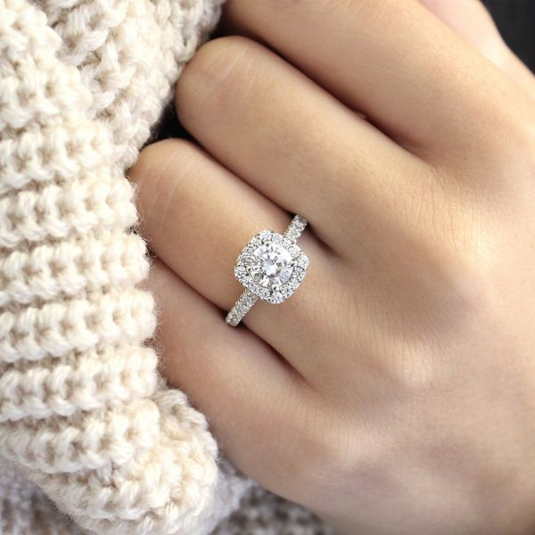 Kylie 14k White Gold Round Halo Engagement Ring angle