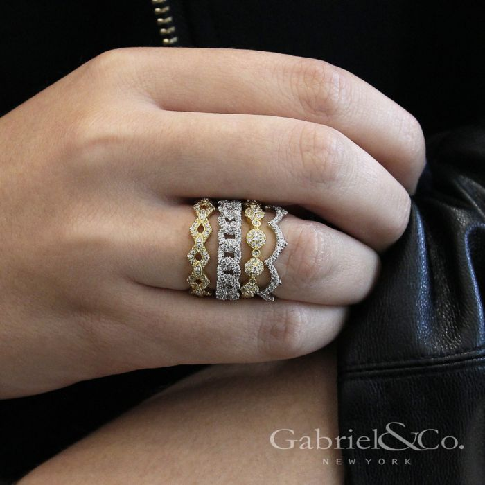 14K White Gold Chain Link Stackable Diamond Ring angle