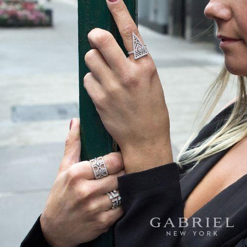 14K White Gold Linear Diamond Ring
