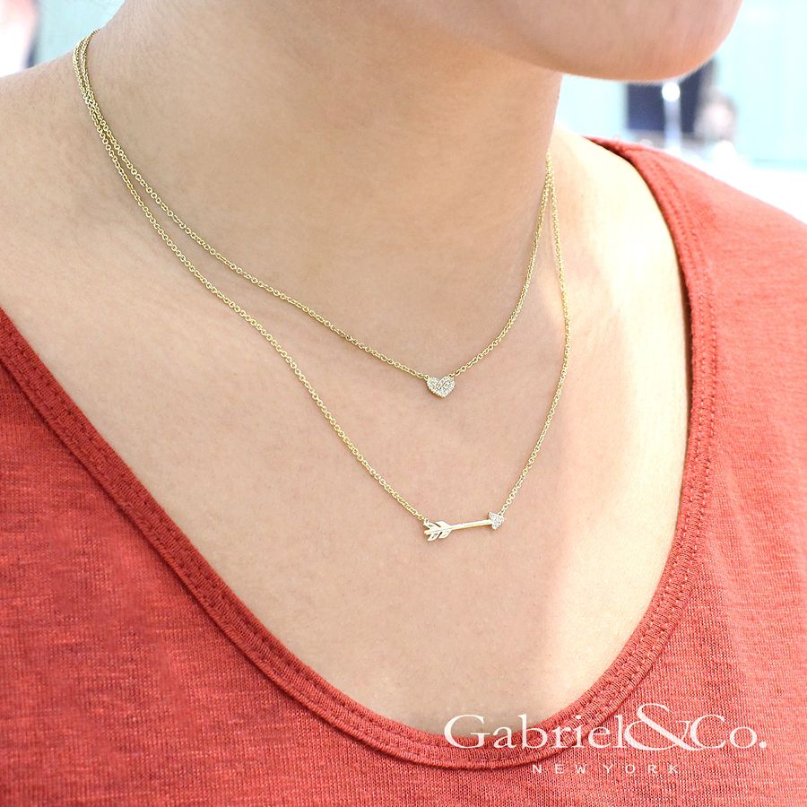 14K Yellow Gold Diamond Arrow Fashion Necklace