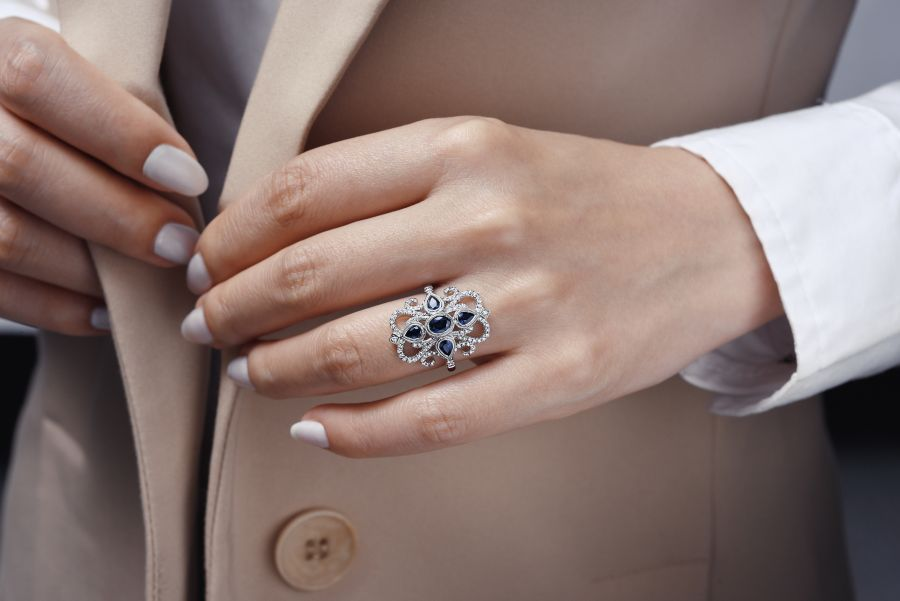 Vintage 14K White Gold Dramatic Sapphire and Pavé Diamond Ring