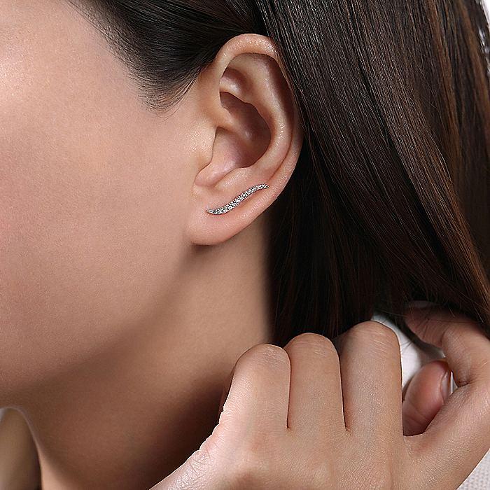 14K White Gold Curving Bar Ear Crawler Diamond Earrings