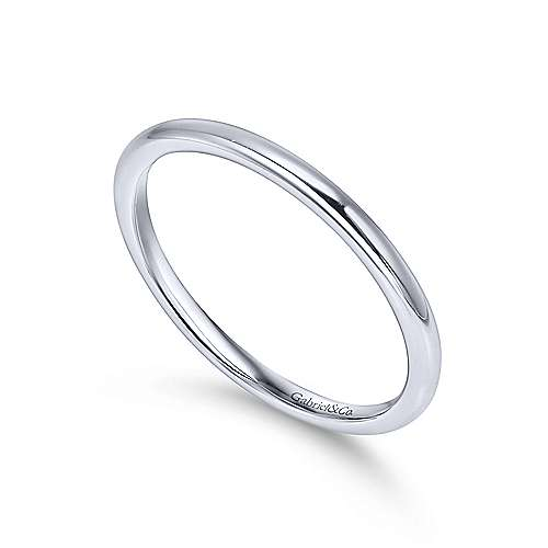 14K WG Wedding Band    angle 3
