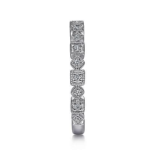 14K W.Gold Diamond Ring angle 4