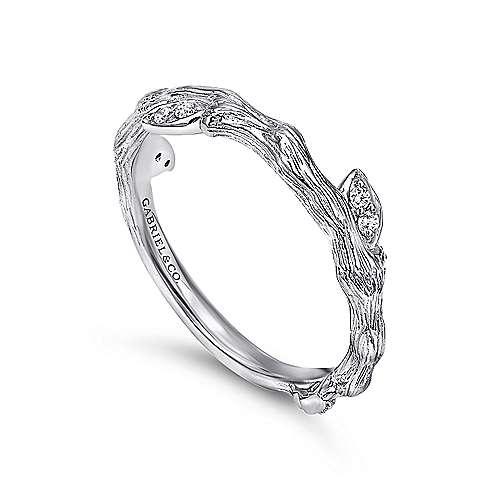 14K W.Gold Diamond Ring angle 3
