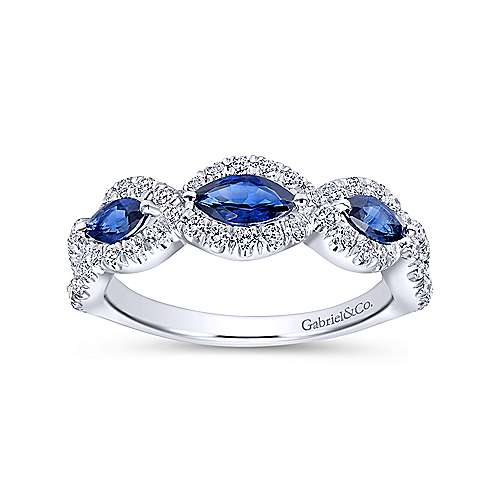 14K W.Gold Sapphire & Diamond Ring angle 4