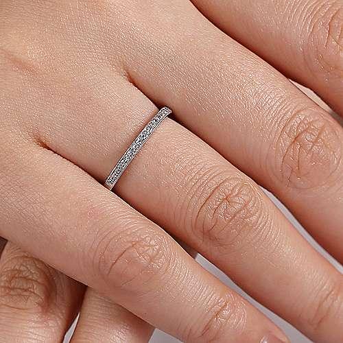 14K White Gold  Victorian Prong Set Straight  Diamond Band angle 5