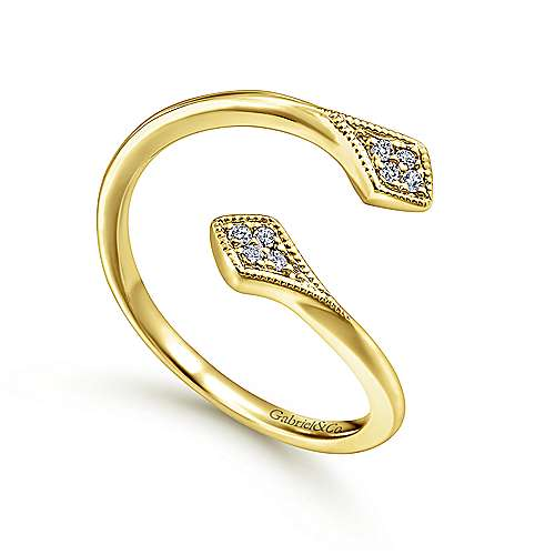 14K Y.Gold Diamond Ring angle 3
