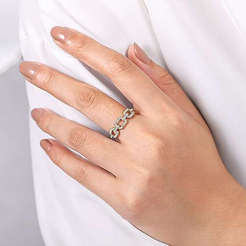 14K Yellow Gold Pavé Diamond Chain Link Ring Band