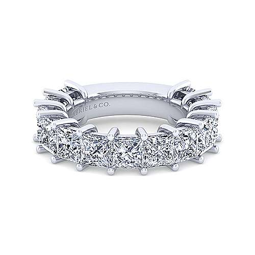 14k White Gold 13 Stone Princess Cut Shared Prong Band