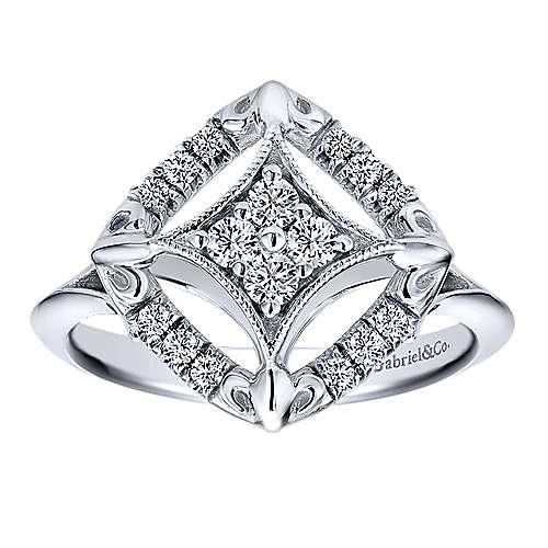 14k White Gold Clustered Diamonds Fashion Ladies