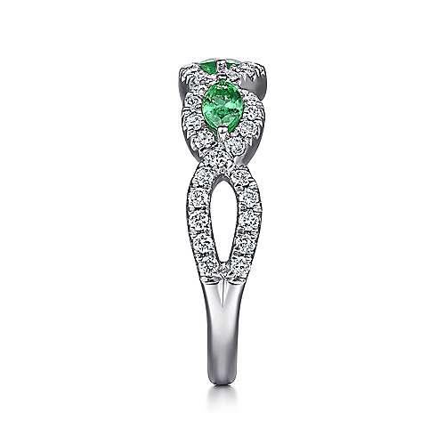 14k White Gold Diamond  And Emerald Fashion Ladies