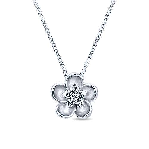 Gabriel - 14k White Gold Floral Fashion Necklace