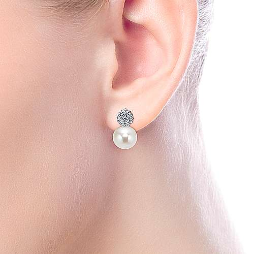 14k White Gold Diamond Pearl Drop Earrings angle 2