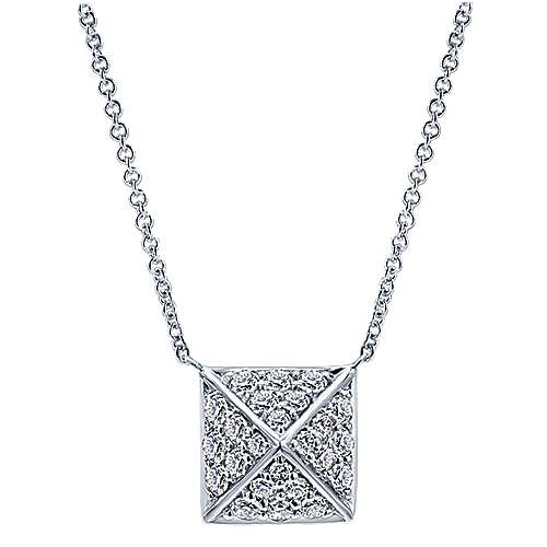 14k White Gold Fierce Fashion Necklace angle 1