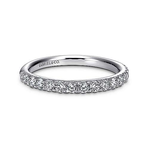 Gabriel - 14k White Gold Fishtail Pavé Band
