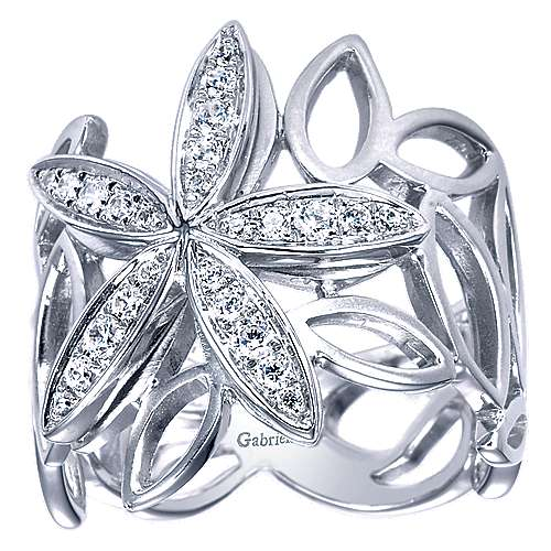 14k White Gold Floral Fashion Ladies