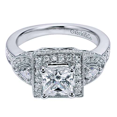 14k White Gold Princess Cut 3 Stones halo