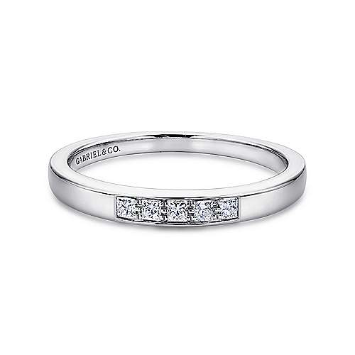Gabriel - 14k White Gold Princess Cut 5 Stone Prong Channel Set Band