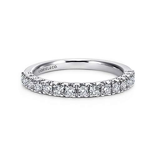 14k White Gold Round 15 Stone Diamond Anniversary Band