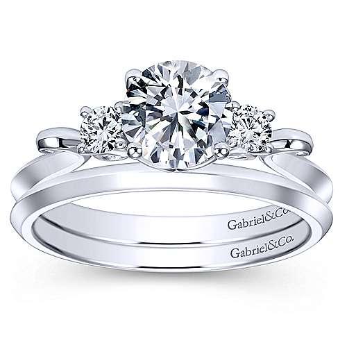 14k White Gold Round 3 Stones Engagement Ring