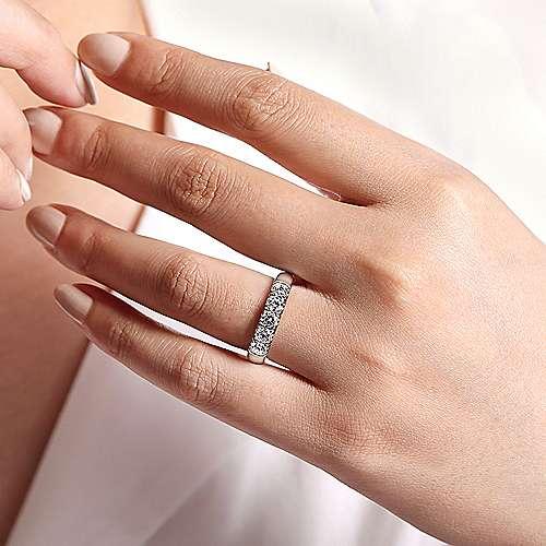 14k White Gold Round 5 Stone Diamond Anniversary Band angle 5