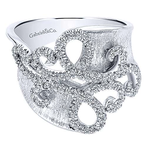14k White Gold Souviens Twisted Ladies' Ring angle 1