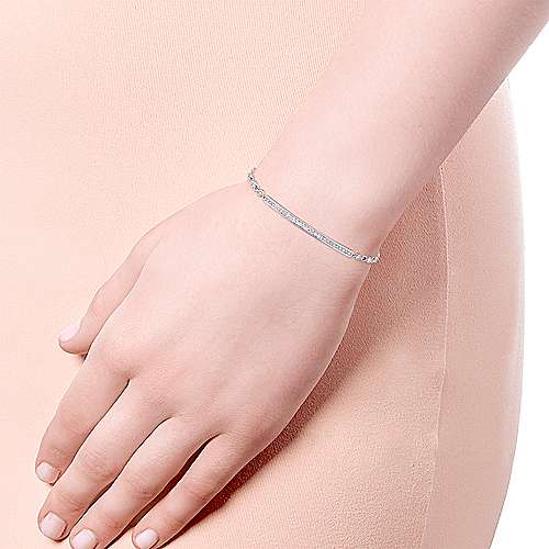 14k White Gold Trends Chain Bracelet angle 3