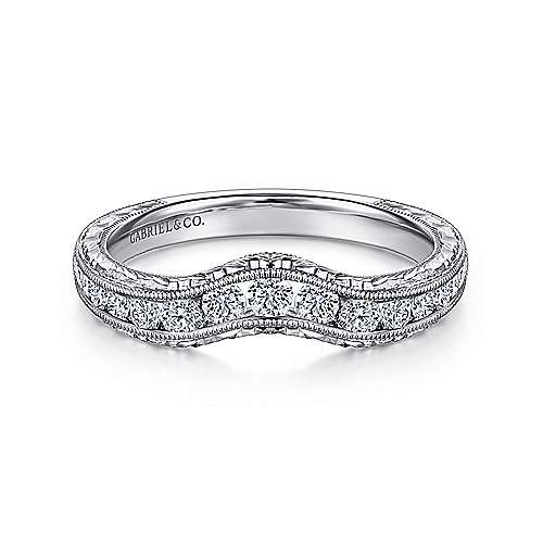 14k White Gold Victorian Curved Anniversary Band