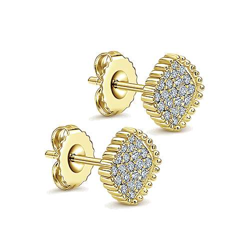 14k Yellow Gold Bombay Stud Earrings angle 2