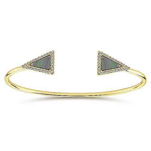 14k Yellow Gold Byblos Bangle angle 1