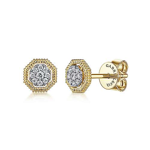 14k Yellow Gold Floral Stud Earrings