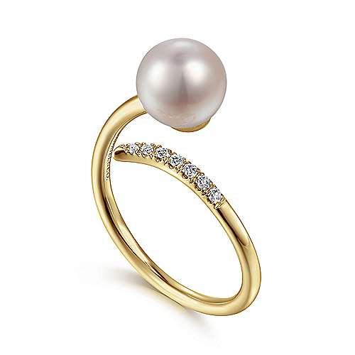 14k Yellow Gold Grace Fashion Ladies' Ring angle 3