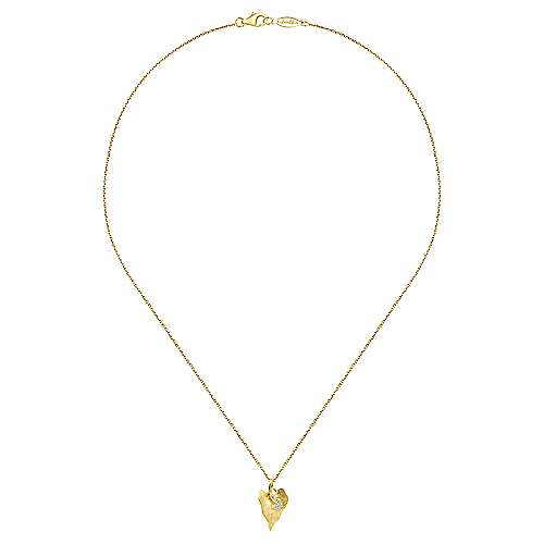 14k Yellow Gold Souviens Fashion Necklace angle 2