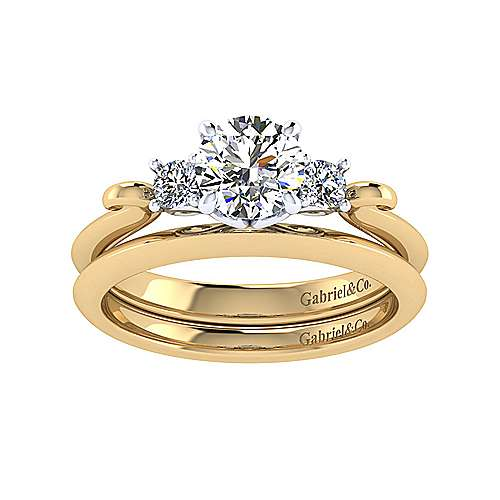 14k Yellow Gold Straight Wedding Band angle 4